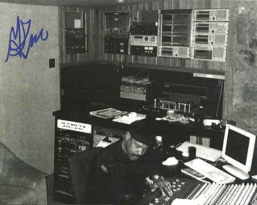 GEORGE KERR (LINDA JONES) - 8X10'' Studio Photo (SIGNED AUTOGRAPH WITH COA) - 12 inch 45 rpm